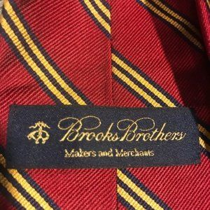 Brooks Brothers Red and Gold Stripe Necktie